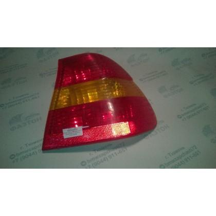 Фонарь задний BMW E46 09.01- П крыла /желтые указатели поворота/ б/у